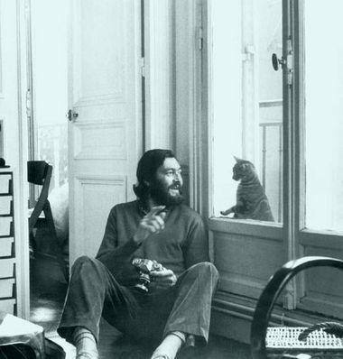 Julio Cortazar e il suo gatto